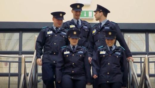 Who the Garda Reserve Recruit