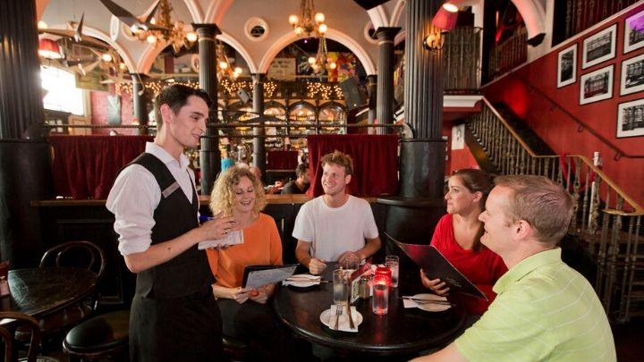 Your Pathway to a Career in Ireland's Bar and Restaurant Sector